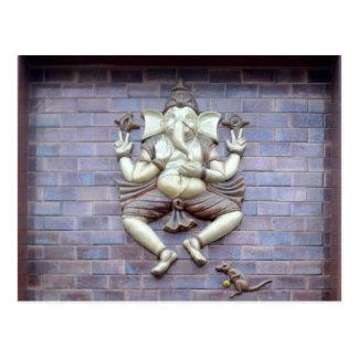 Una escultura de dios hindú Ganesha Postal