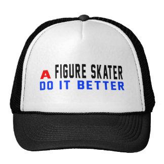 Una figura patinador mejora gorros