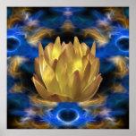 Una flor y reflexiones de loto del oro posters