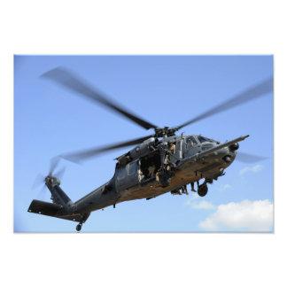 Una fuerza aérea de los E.E.U.U. HH-60 Pavehawk Arte Fotográfico
