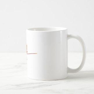 Una hoja de arce colorida en otoño en blanco taza de café