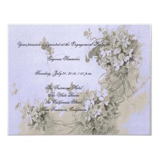 Una invitación violeta del compromiso de la flor