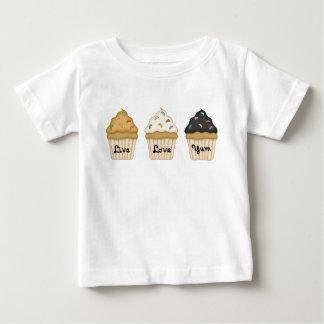Una magdalena Yum Camisetas