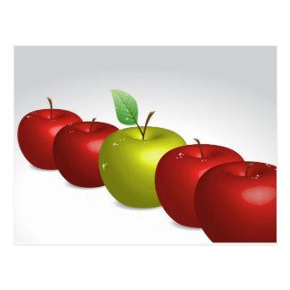 Una manzana para cada uno postal