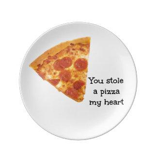 Una pizza mi corazón plato de porcelana