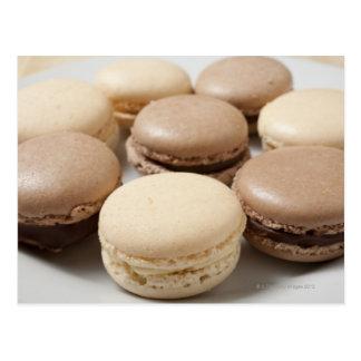 Una placa del chocolate y de la vainilla Macarons, Postal