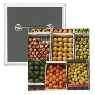 Una selección de fruta encajonada orgánica chapa cuadrada