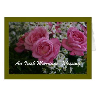 Una tarjeta irlandesa de la bendición de la boda