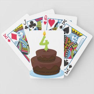 una torta de cumpleaños barajas de cartas