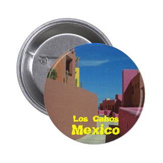 Una trayectoria a través de las paredes coloridas chapa redonda de 5 cm