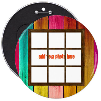 Una ventana en los botones redondos de madera de chapa redonda 15 cm