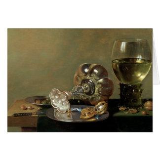 Una vida inmóvil con el vidrio de vino tarjeta de felicitación