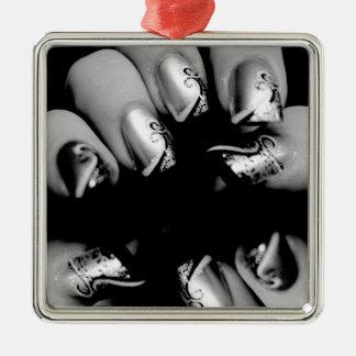 Uñas del diseñador adorno navideño cuadrado de metal