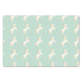 Unicornio en fondo de la menta con los elementos papel de seda
