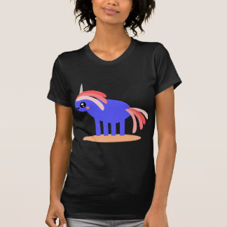Unicornio extraño camisetas