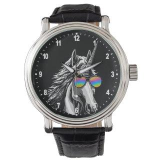 Unicornio fresco con las gafas de sol del arco reloj de pulsera