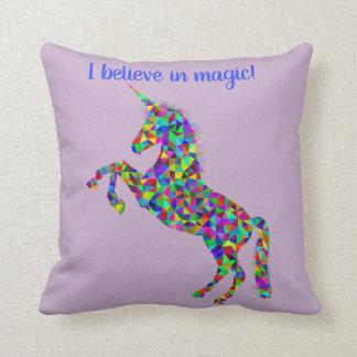 Unicornio I belive en almohada mágica