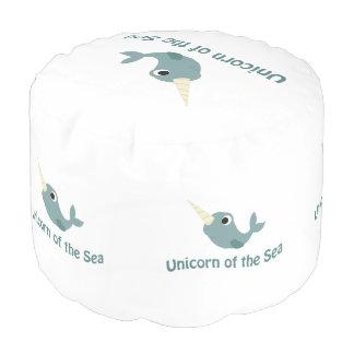 Unicornio lindo del mar puf