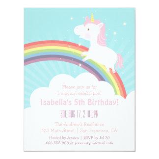 Unicornio lindo encima de la fiesta de cumpleaños invitación 10,8 x 13,9 cm