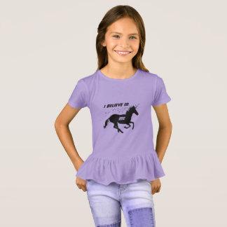 Unicornio lindo mágico que creo en mí, púrpura camiseta