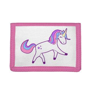 Unicornio mágico con la melena rosada, púrpura, y