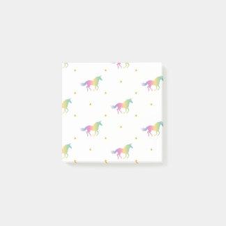 Unicornios del arco iris y modelo de estrellas del notas post-it®