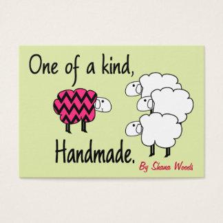 Uno de una etiqueta colgante buena de las ovejas