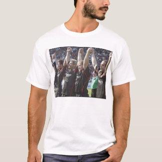 Uno más compinches del año camiseta