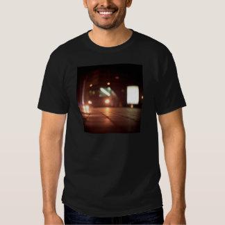 Urban landscape and bus at night Hasselblad analog Camiseta