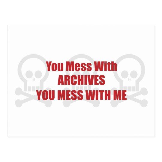 Usted ensucia con los archivos que usted ensucia postal