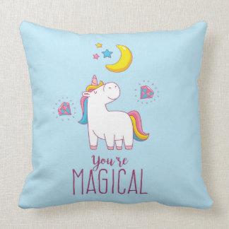 Usted es almohada de tiro mágica del unicornio del