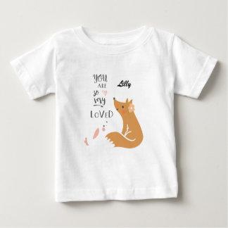 Usted es camiseta tan muy amada del bebé