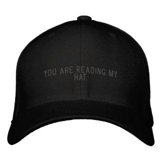Usted está leyendo mi sombrero gorro bordado