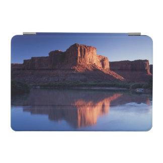 Utah, mesa de A que refleja en el río Colorado 2 Cover De iPad Mini