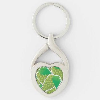 Uvas verdes enrrolladas llavero plateado en forma de corazón