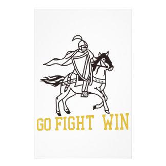 Va el triunfo de la lucha papeleria
