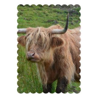 Vaca adorable de la montaña invitación 12,7 x 17,8 cm