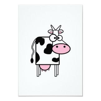 Vaca del dibujo animado comunicados