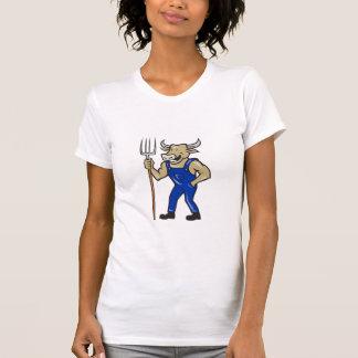 Vaca del granjero que lleva a cabo el dibujo camiseta