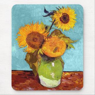 Van Gogh - tres girasoles en un florero - bella Alfombrilla De Ratón