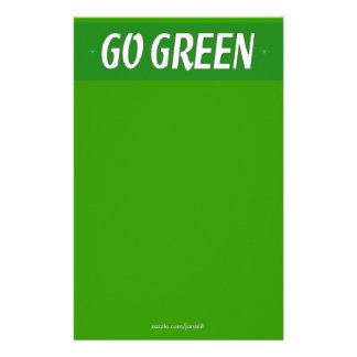 Van los efectos de escritorio verdes  papeleria de diseño