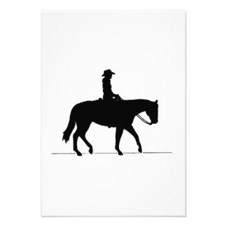 Vaquera en caballo comunicados personalizados