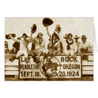 Vaqueras en el rodeo tarjeta de felicitación