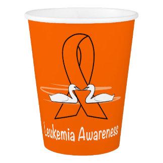 Vaso De Papel Conciencia de la leucemia con los cisnes de la