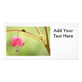 Vaya con la mariquita y la flor del flujo tarjetas personales