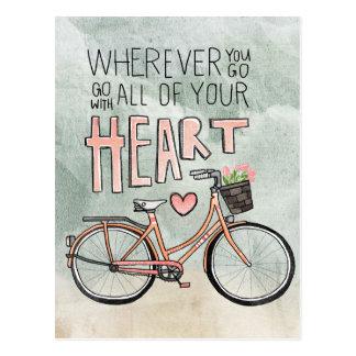Vaya con todo su corazón - bicicleta del vintage postal