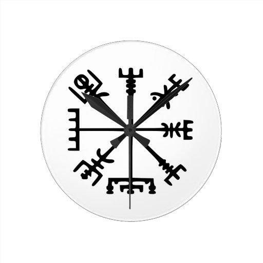 vegv sir comp s de viking reloj redondo mediano zazzle. Black Bedroom Furniture Sets. Home Design Ideas