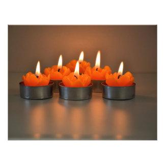 Velas anaranjadas folleto 21,6 x 28 cm