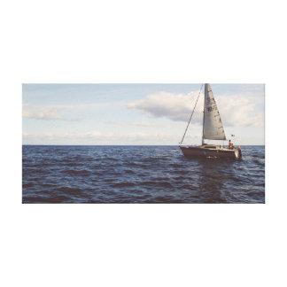 Velero en el océano del cielo el   del agua el   impresión en lienzo