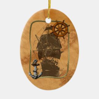 Velero histórico y mapa náutico adorno ovalado de cerámica